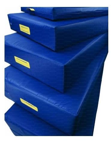 Materasso densità 18 fondo antiscivolo 200x100x40.