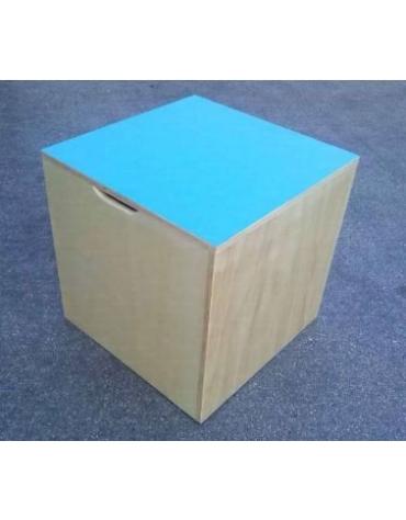 Cubo propriocettivo Dim. 70x70x70 cm., in legno.
