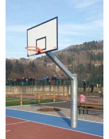 Impianto basket monotubolare in acciaio zincato, tabelloni in legno, sbalzo cm.225.