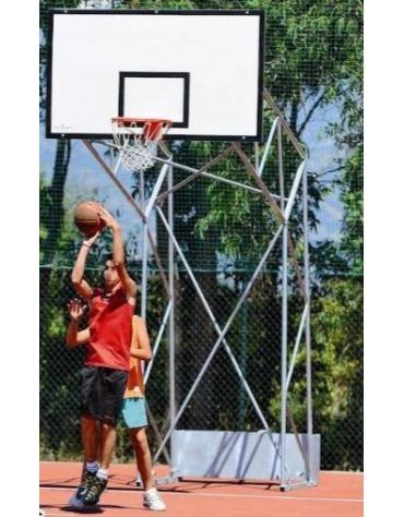 Impianto basket a traliccio in acciaio zincato, smontato, trasportabile, con tabellone in legno, sbalzo 220 cm.