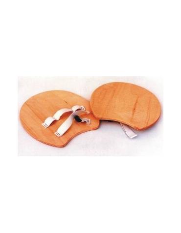 Palmare in legno con elastico per attività ludico motorie.
