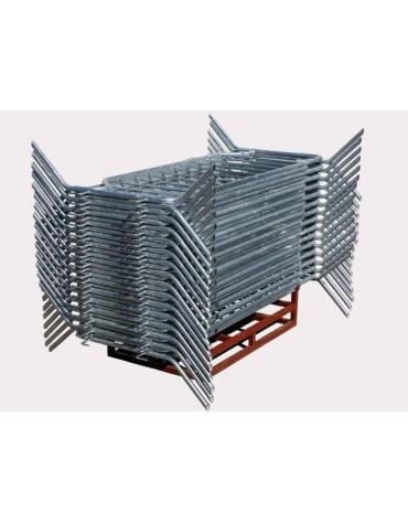 Transenna impilabile realizzata in tubo acciaio zincato diam. 40 mm. con fascia rifrangente. Dim. 225 x 110 h.