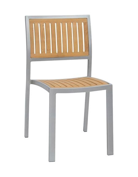 Seduta in alluminio verniciato e legno di rovere