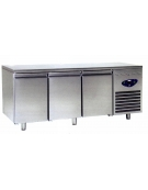 Tavolo refrigerato 3 Porte Dimensioni Cm.186,5x70x85h