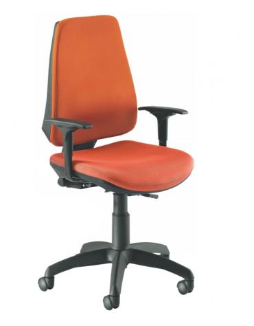 Sedia operativa con braccioli e base in nylon nero - alzata a gas - schienale regolabile cm 60x66x104/117h