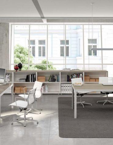 Scrivania Lineare gamba in alluminio Piano in vetro L180 Special