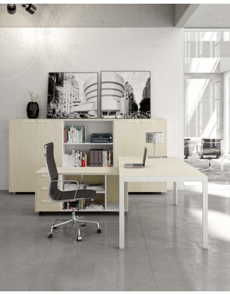 Tavolo Riunioni Gamba Alluminio Bianca Piano Vetro 120x124 Plus Alluminio Scrivanie E Tavoli