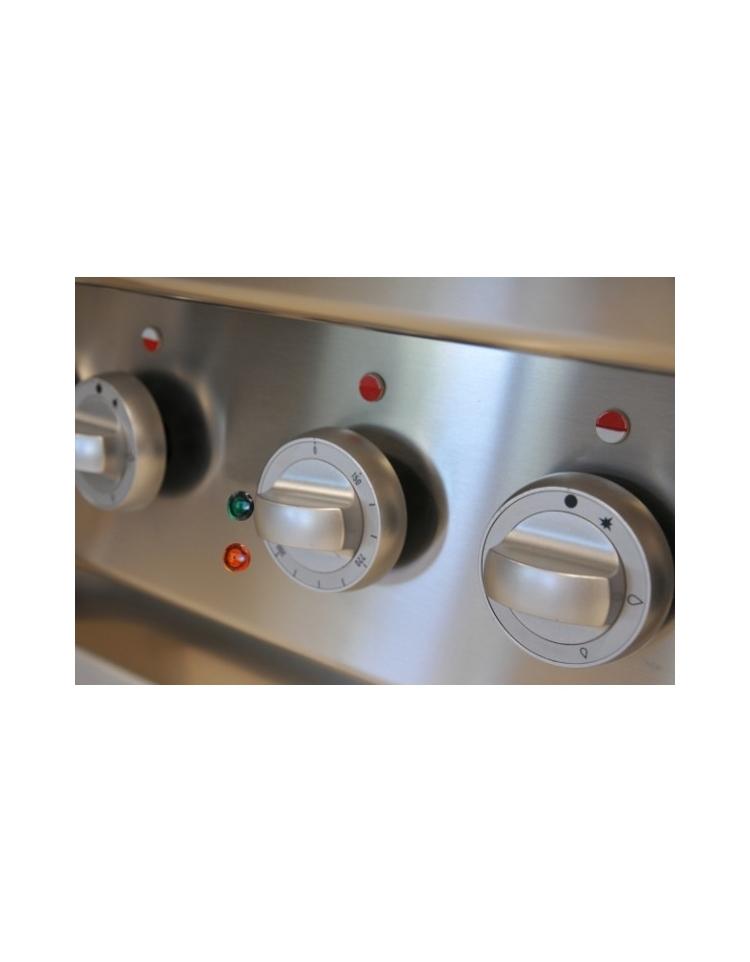 Cucina a gas 6 fuochi con forno elettrico a convenzione gn for Cucina 6 fuochi con forno