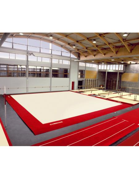 Pedana per ginnastica artistica omologata FIG per competizioni, dimensioni mt 14x14
