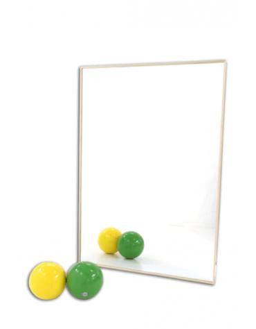 Specchio liscio di cristallo temperato. Modello da fissare a parete, completo di attacchi a muro.Prezzo al mq
