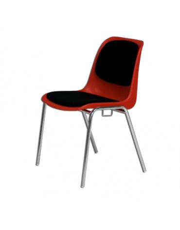 Sedia imbottita con struttura metallica cromata, impilabile ed agganciabile
