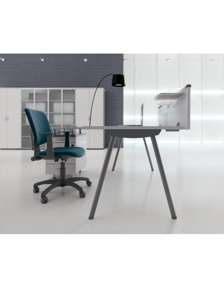 Scrivania Workstation a L con gambe a cavalletto da cm. 160 con cassettiera