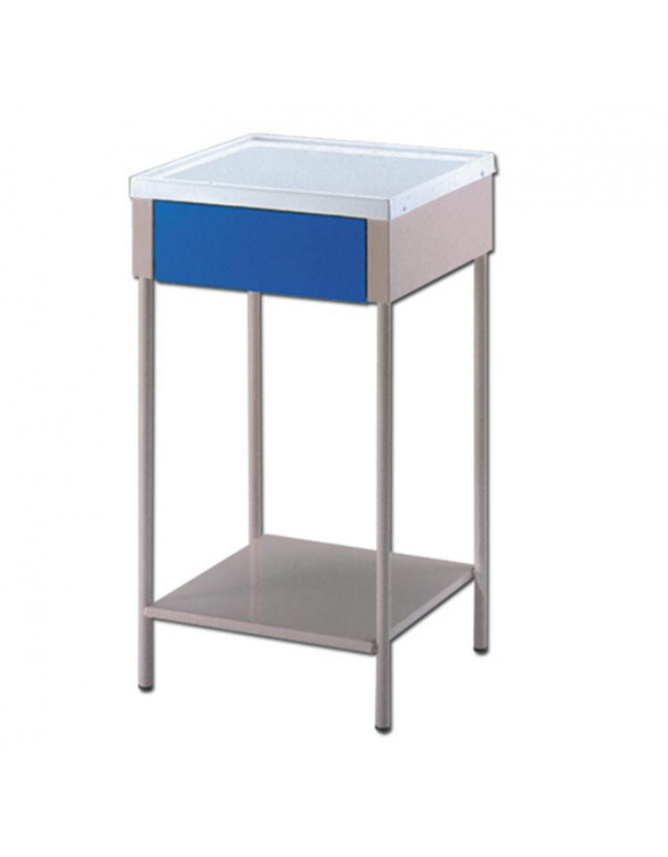 Comodini e tavoli per degenza ospedali arredamento for Arredamento sanitario