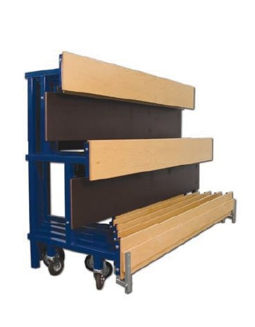 Tribuna componibile da mt 10 costituita di 4 moduli di seduta più un modulo con scalini di accesso