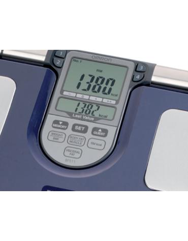 Bilancia Body Fat Omron BF511 con misurazione completa della composizione del corpo con precisione clinica