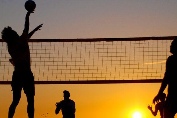 DinaForniture - Pallavolo vs Beach volley